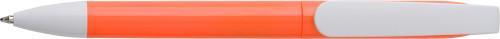Kulspetspenna i plast med twistfunktion